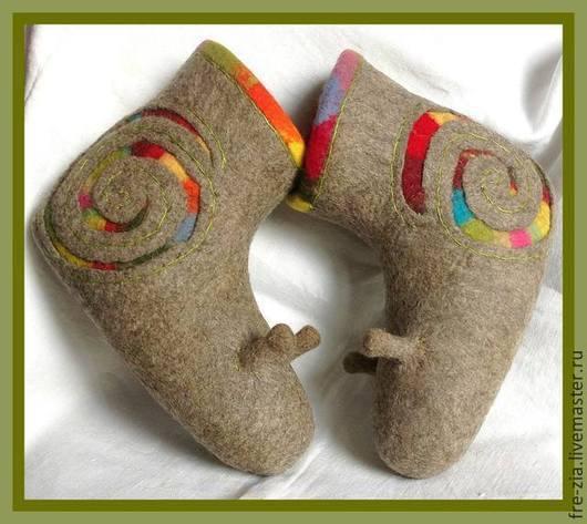 """Обувь ручной работы. Ярмарка Мастеров - ручная работа. Купить Валеночки""""Радужные улитки"""". Handmade. Коричневый, новозеландский кардочёс"""