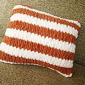 Подушки ручной работы. Ярмарка Мастеров - ручная работа Подушка из плюшевой пряжи. Handmade.