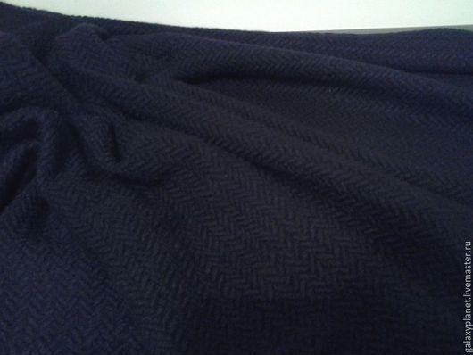"""Шитье ручной работы. Ярмарка Мастеров - ручная работа. Купить Ткань пальтовая букле """"Елочка"""" синего чернильного цвета.. Handmade."""