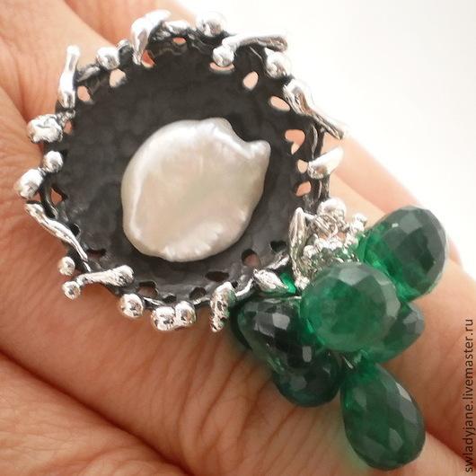 Кольца ручной работы. Ярмарка Мастеров - ручная работа. Купить Серебряное кольцо Лунной ночью (СерьгиКолье) зеленые аметисты. Handmade.