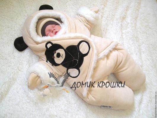 """Для новорожденных, ручной работы. Ярмарка Мастеров - ручная работа. Купить Комбинезон-конверт для новорожденного """"Велюровый мишка"""" светло-бежевый. Handmade."""