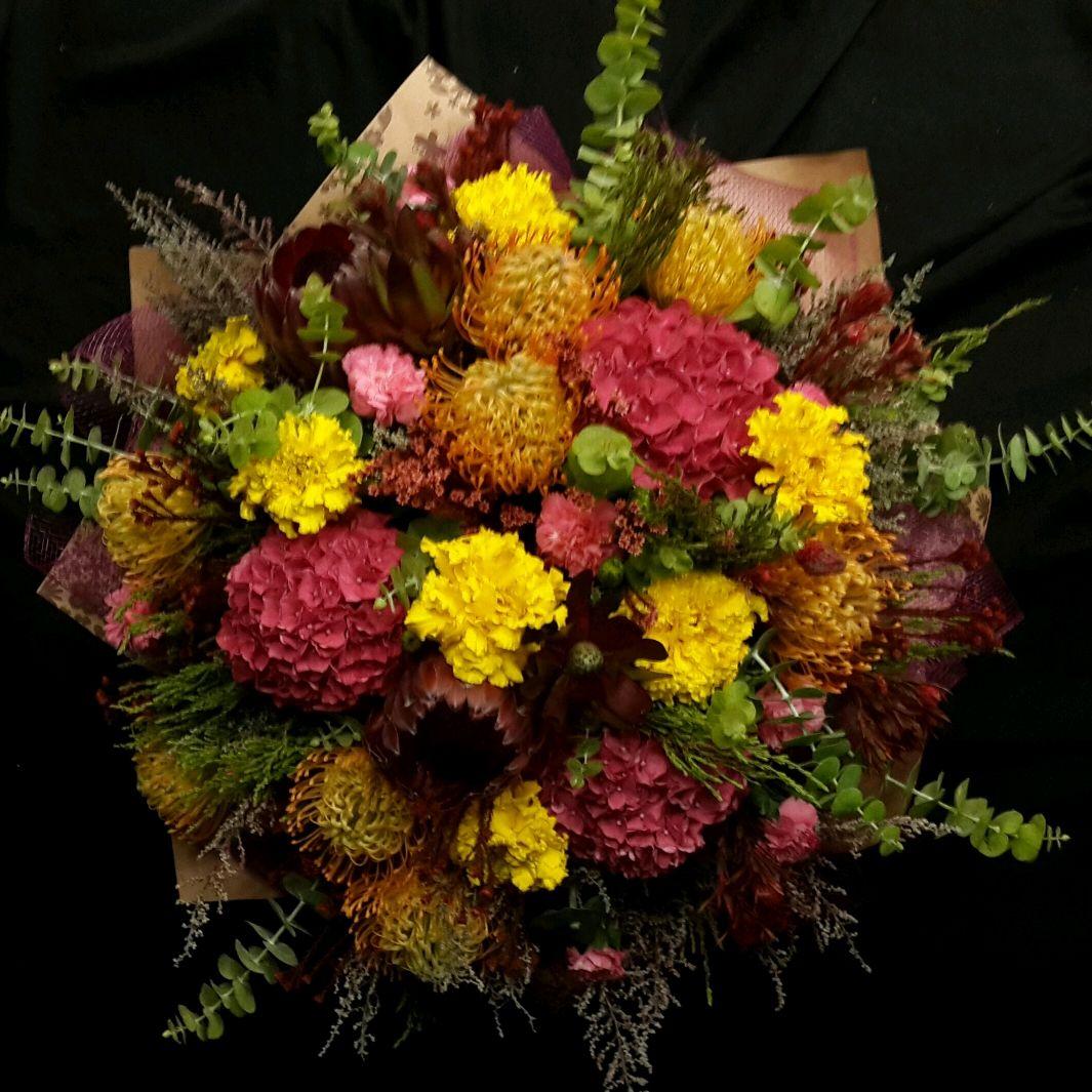 Подарочные букетов из живых цветов фотографии, красивые
