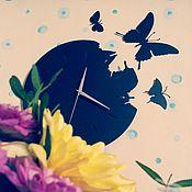 """Часы классические ручной работы. Ярмарка Мастеров - ручная работа Часы настенные из металла """"Бабочки"""". Handmade."""