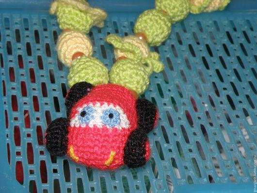 Слингобусы - отличная игрушка для грудничков, которые любят проводить время рядом со своей мамочкой. Они отвлекут и займут игривые ручки малыша.