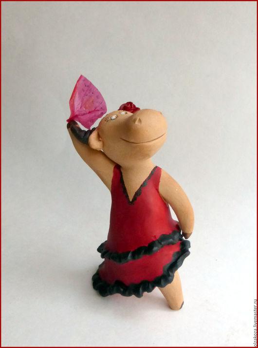 Куклы и игрушки ручной работы. Ярмарка Мастеров - ручная работа. Купить Фламенко. Handmade. Ярко-красный, фигурки коров, глина