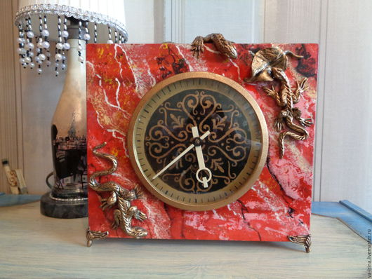 Часы для дома ручной работы. Ярмарка Мастеров - ручная работа. Купить Часы механические. Handmade. Ярко-красный, фигурка