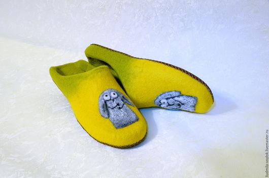"""Обувь ручной работы. Ярмарка Мастеров - ручная работа. Купить Валяные тапочки """"Чудики"""". Handmade. Желтый, тапочки домашние"""
