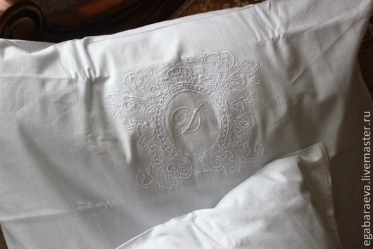 Текстиль, ковры ручной работы. Ярмарка Мастеров - ручная работа. Купить Постельное белье с вышивкой - Принцесса - Рамка.Монограмма. Handmade.
