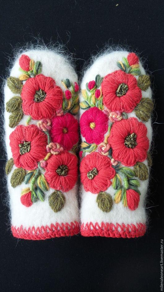 Варежки, митенки, перчатки ручной работы. Ярмарка Мастеров - ручная работа. Купить Варежки с объемной вышивкой Felicita. Handmade.