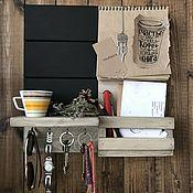Ключницы ручной работы. Ярмарка Мастеров - ручная работа Ключница настенная и грифельная доска с полочками+блокнот. Handmade.