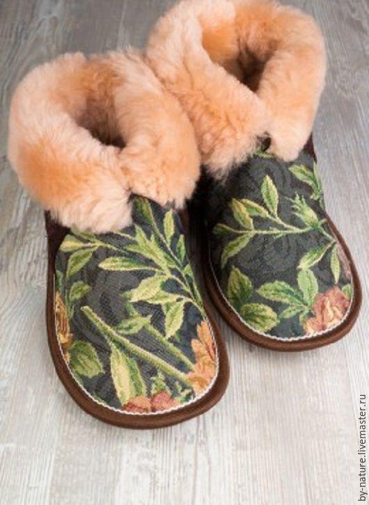 """Обувь ручной работы. Ярмарка Мастеров - ручная работа. Купить Чуни с гобеленом """"Розы"""" коричневые. Handmade. Чуни, тапочки, тапки"""