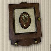 Для дома и интерьера ручной работы. Ярмарка Мастеров - ручная работа Ключница  Роза на темном. Handmade.