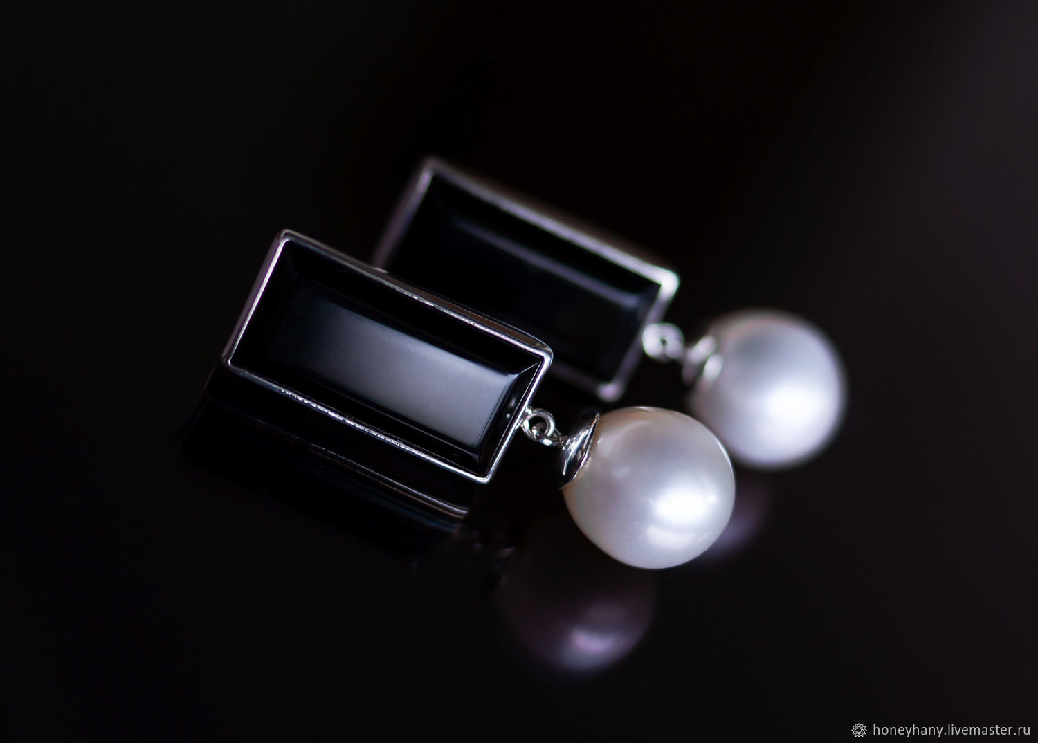 Silver stud earrings with black onyx and natural pearls, Stud earrings, Moscow,  Фото №1