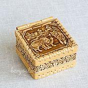"Для дома и интерьера handmade. Livemaster - original item Шкатулка из бересты ""Волки"" на шарнире. Коробочка для хранения мелочей. Handmade."
