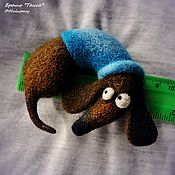 Украшения ручной работы. Ярмарка Мастеров - ручная работа Броши-собаки для примера, сухое валяние. Handmade.