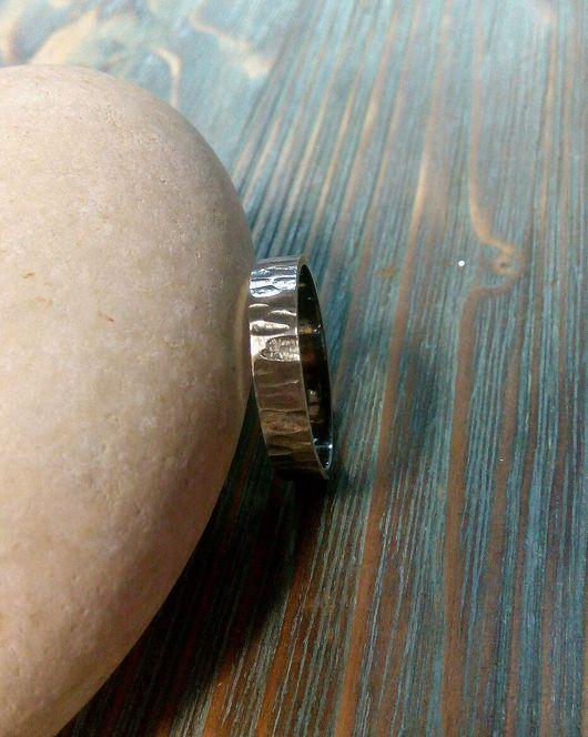 Кольца ручной работы. Ярмарка Мастеров - ручная работа. Купить Кольцо На грани. Handmade. Фактура, кованое кольцо, патина