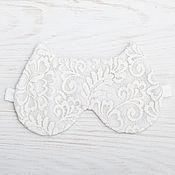 Одежда ручной работы. Ярмарка Мастеров - ручная работа Белая Маска для сна кошка, кружевная маска, подарок женщине. Handmade.