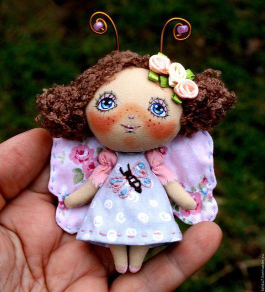 Броши ручной работы. Ярмарка Мастеров - ручная работа. Купить Брошь девочка бабочка. Брошь куколка .950 р. Handmade.