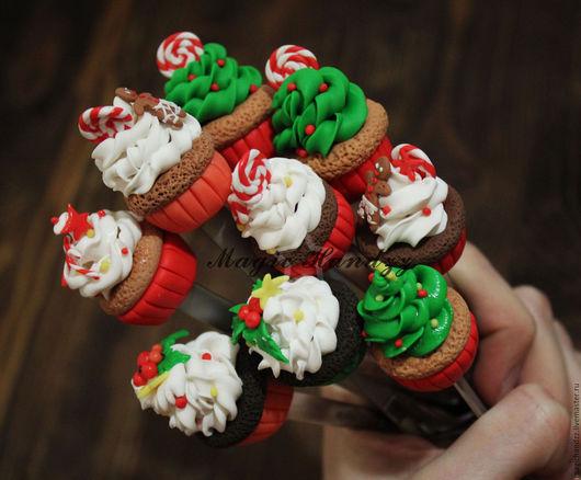 """Ложки ручной работы. Ярмарка Мастеров - ручная работа. Купить """"Вкусная ложка""""  новогодние капкейки. Handmade. Комбинированный, чайная ложка"""