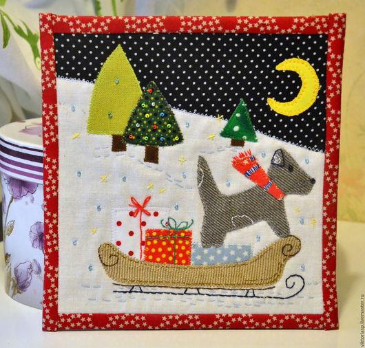 """Пейзаж ручной работы. Ярмарка Мастеров - ручная работа. Купить """"Подарки к Рождеству"""" панно в текстильной рамке. Handmade. Комбинированный, санки"""