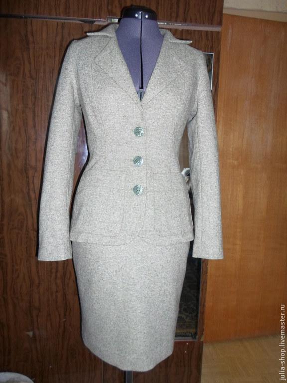 Женские классические костюмы с юбкой доставка