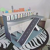 Кукольные домики ручной работы. Ярмарка Мастеров - ручная работа Парковка гараж для машинок 56на32. Handmade.