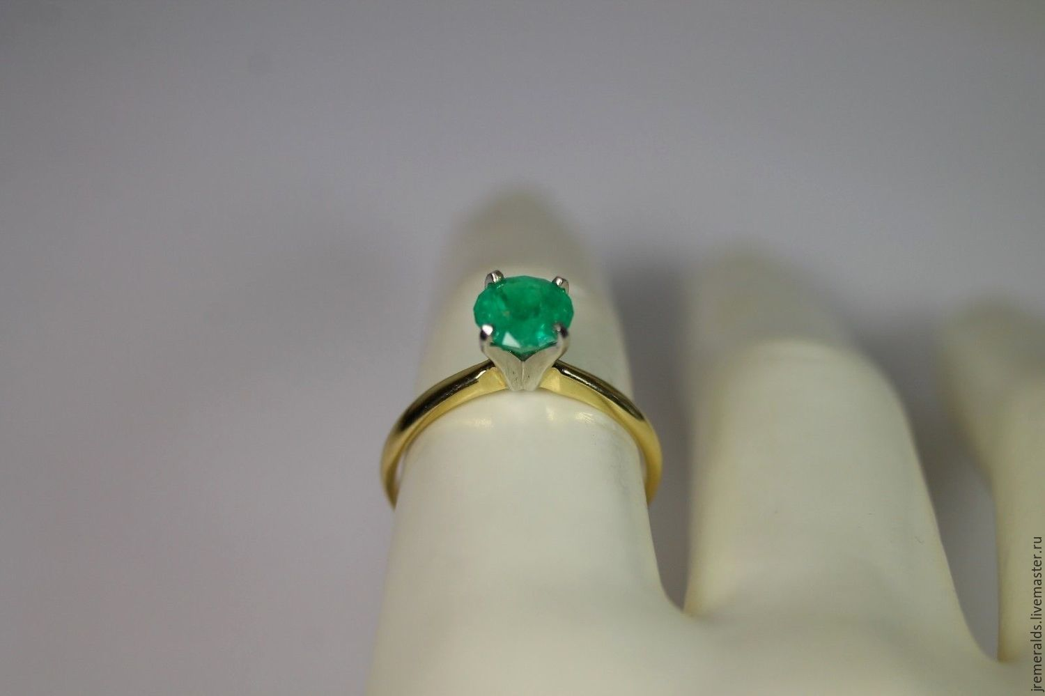 Rings Handmade Order 10 Cts Colombian Emerald & Two Tone Gold  Solitaire Engagement Ring