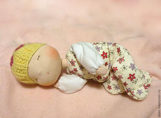 Вальдорфская игрушка ручной работы. Ярмарка Мастеров - ручная работа. Купить Жёлтая Баинька. Handmade. Лимонный, желтый цветок, младенец