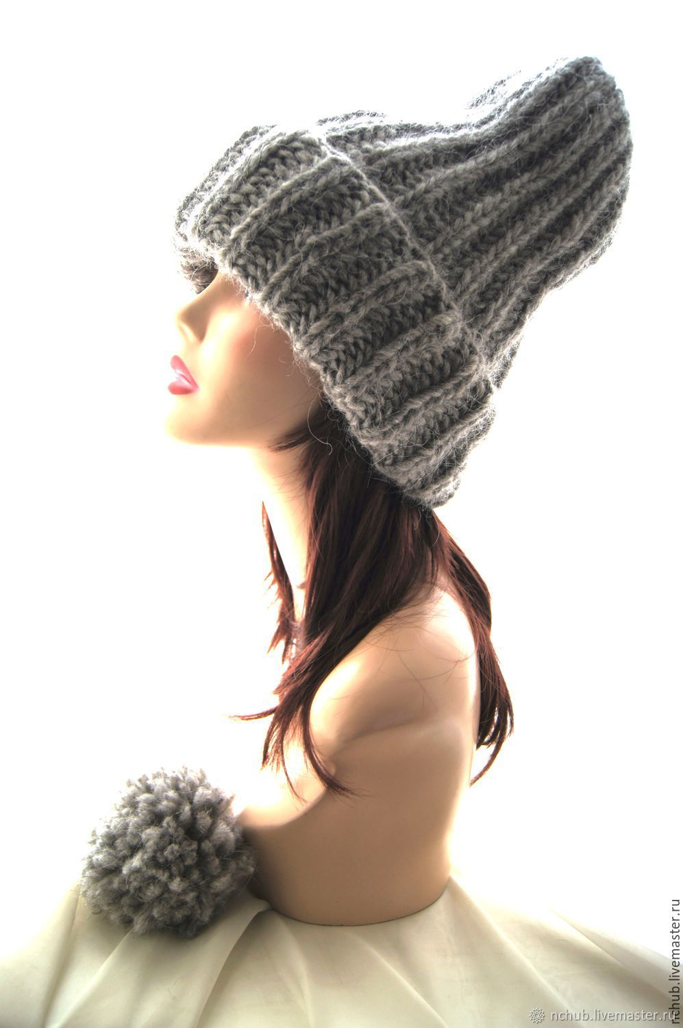974630a04b7 Warm Grey knitted oversized hat made of Icelandic wool with pompon. Little