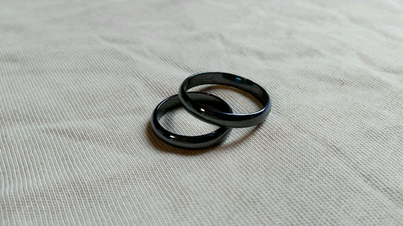 a272496b77e8 Кольца ручной работы. Ярмарка Мастеров - ручная работа. Купить Обручальные  кольца из титана с ...