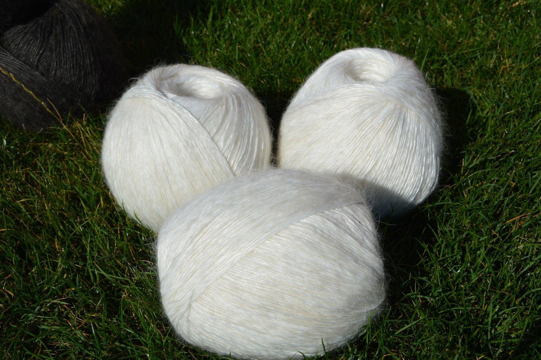 Вязание ручной работы. Ярмарка Мастеров - ручная работа. Купить 'Пуховая пряжа' белая из козьего пуха. Handmade. Пряжа для вязания