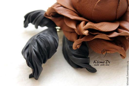 """Броши ручной работы. Ярмарка Мастеров - ручная работа. Купить Роза из кожи """"Шоколадка"""". Handmade. Коричневый, брошь цветок"""
