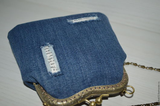 Сумки и аксессуары ручной работы. Ярмарка Мастеров - ручная работа. Купить Маленькая джинсовая сумочка на фермуаре. Handmade. Однотонный