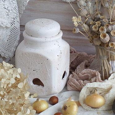 """Посуда ручной работы. Ярмарка Мастеров - ручная работа Банка-горшок для хранения лука, чеснока, орехов """"Гербарий"""". Handmade."""