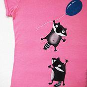 Одежда ручной работы. Ярмарка Мастеров - ручная работа Футболка детская с рисунком, футболка с росписью, забавные еноты. Handmade.