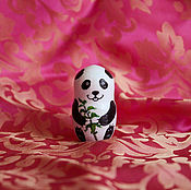 """Для дома и интерьера ручной работы. Ярмарка Мастеров - ручная работа Фигурка из дерева """"Маленькая панда"""". Handmade."""