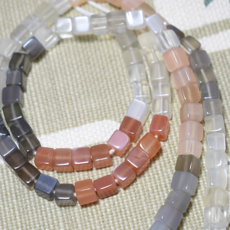 Натуральный природный разноцветный лунный камень адуляр  Персиковый серый прозрачный натуральный лунный камень адуляр Бусины кубики адуляр