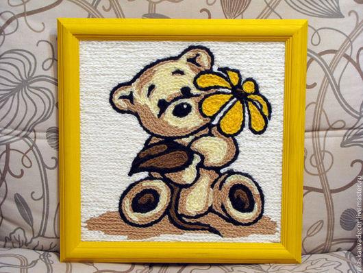 Детская ручной работы. Ярмарка Мастеров - ручная работа. Купить Картина вязанная из пряжи Мишка белый с ромашкой 30 х 30. Handmade.