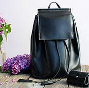 Рюкзаки ручной работы. Ярмарка Мастеров - ручная работа Кожаный черный рюкзак с прямоугольным клапаном. Handmade.