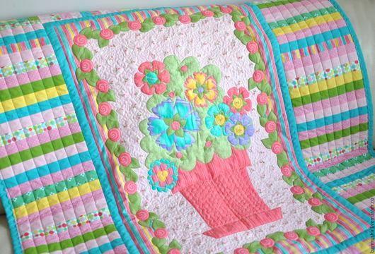 """Пледы и одеяла ручной работы. Ярмарка Мастеров - ручная работа. Купить Детское лоскутное покрывало """"Цветочное настроение"""". Handmade. Цветочный"""