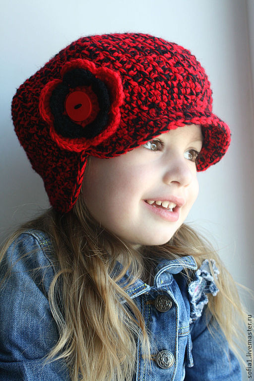Шапки и шарфы ручной работы. Ярмарка Мастеров - ручная работа. Купить Красно-черная кепочка для девочки.. Handmade. Ярко-красный