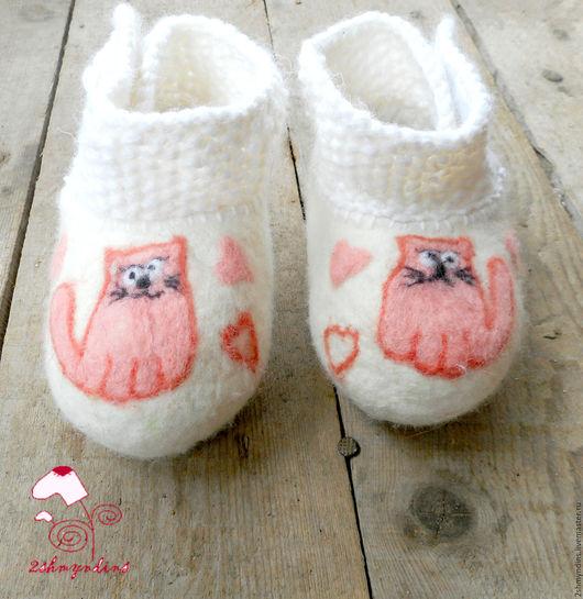 Детская обувь ручной работы. Ярмарка Мастеров - ручная работа. Купить пинетки валяные Мой котенок. Handmade. Белый, для детей