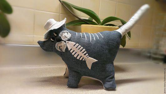 Игрушки животные, ручной работы. Ярмарка Мастеров - ручная работа. Купить Кот Рыболов (джинсовый). Handmade. Комбинированный, коты и кошки