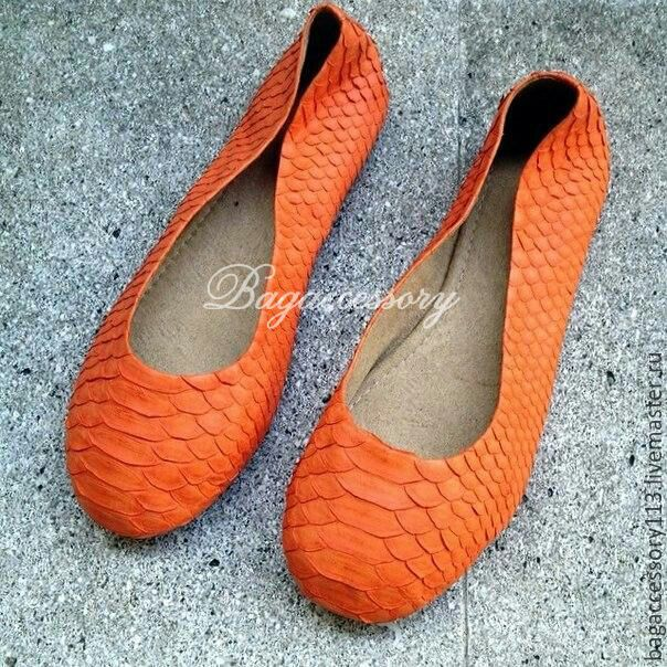 Handmade Shoes handmade. Livemaster - handmade. Buy Ballet shoes made of genuine Python leather.Red, ballet flats