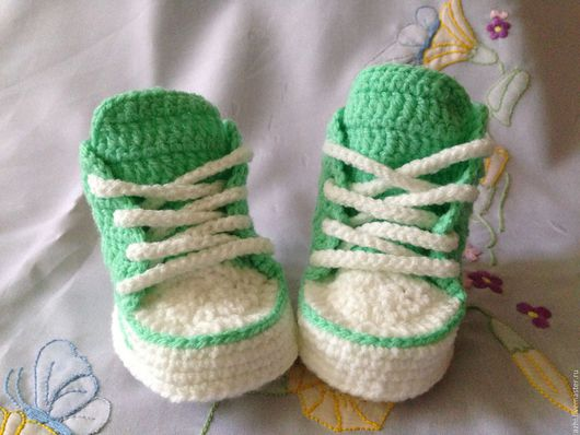 Для новорожденных, ручной работы. Ярмарка Мастеров - ручная работа. Купить Пинетки кеды зеленые. Handmade. Пинетки, пинетки вязаные