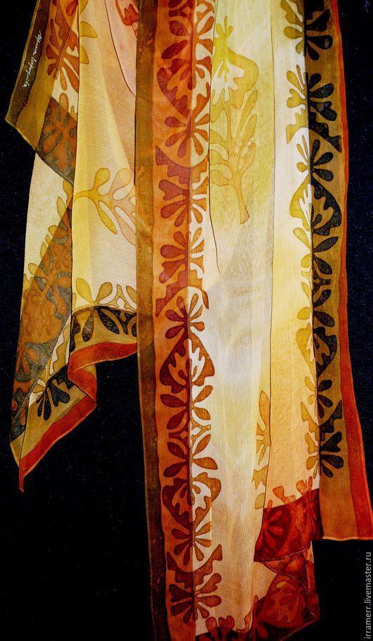 """Шали, палантины ручной работы. Ярмарка Мастеров - ручная работа. Купить палантин батик  """"желто- золотой"""". Handmade. Желтый, шарф"""