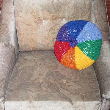 """Textiles handmade. Livemaster - original item Круглая подушка """" рАДУЖНОЕ КОЛЕСО"""". Handmade."""
