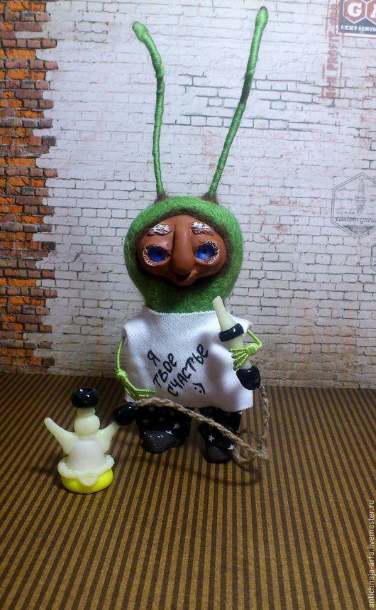 Сказочные персонажи ручной работы. Ярмарка Мастеров - ручная работа. Купить Пых Дымовой CLOUDHUT. Handmade. Ярко-зелёный, таракан