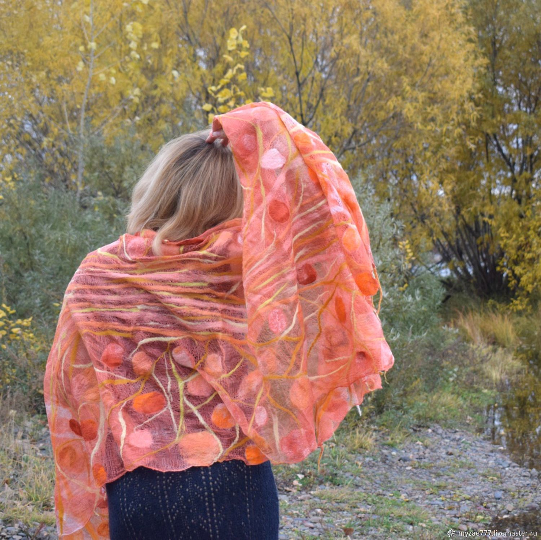 Coral autumn felted stole Cape. Openwork light orange, Wraps, Krasnoyarsk,  Фото №1