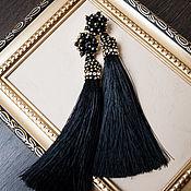 Серьги-кисти ручной работы. Ярмарка Мастеров - ручная работа Серьги с черными расшитыми кистями. Handmade.